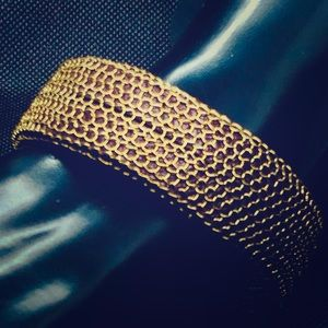 Gold cage brown vegan leather matte magnetic clasp